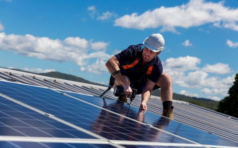 solar panel installer company